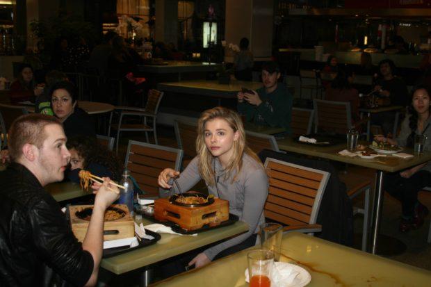 Chloë Grace Moretz having lunch