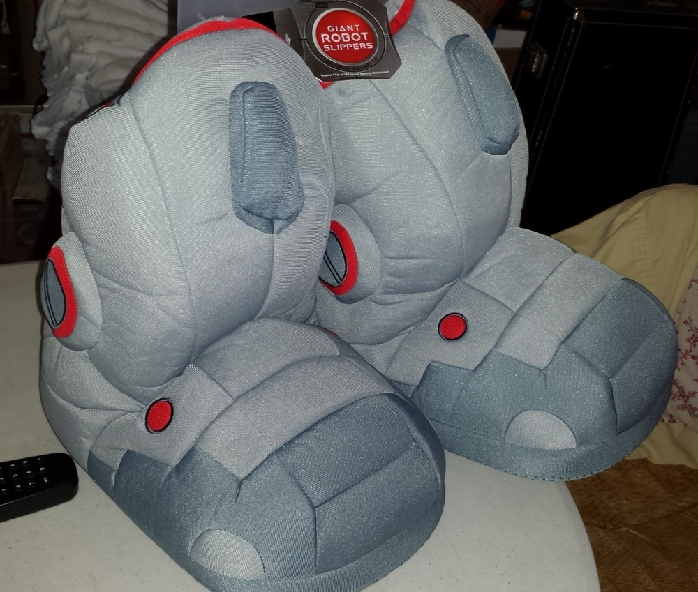 de7f8a782a21 Giant robot slippers apparently i cant be trusted with money jpg 1000x849 Giant  robot slippers with